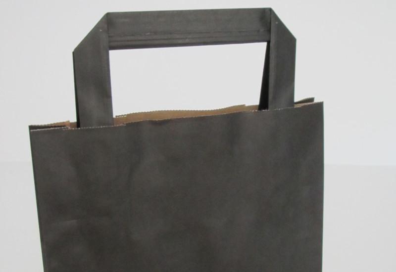 Tragetaschen mit Papiergriff in schwarz mit Flachhnekle Innenflachhhenkel