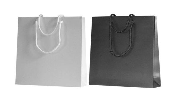 Papiertragetaschen permium mt Kordel in verschiedenen Farben wie zum beispiel dunkelbau creme weiß bordeaux in matt mit mattplastifizierung mattlaminierung mattkaschierung