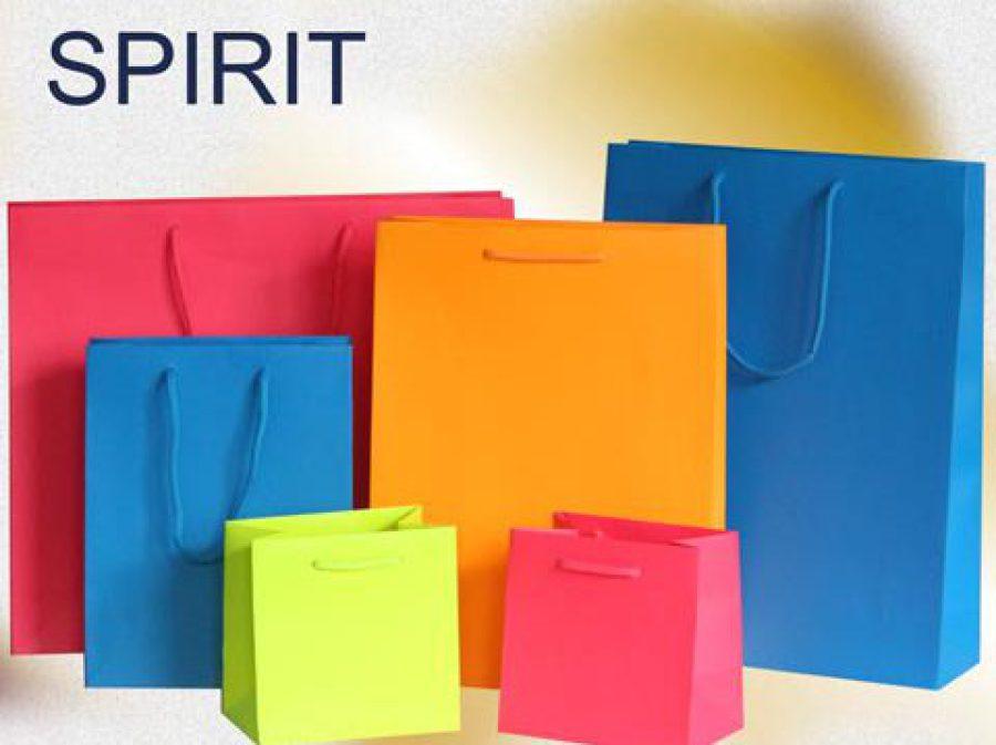 Kordeltaschen farbig mit matt laminierung in den farben blau - neonblau - grün - neongrün - orange - neonorange - pink - neonpink mit Kordeln in Taschenfarbe